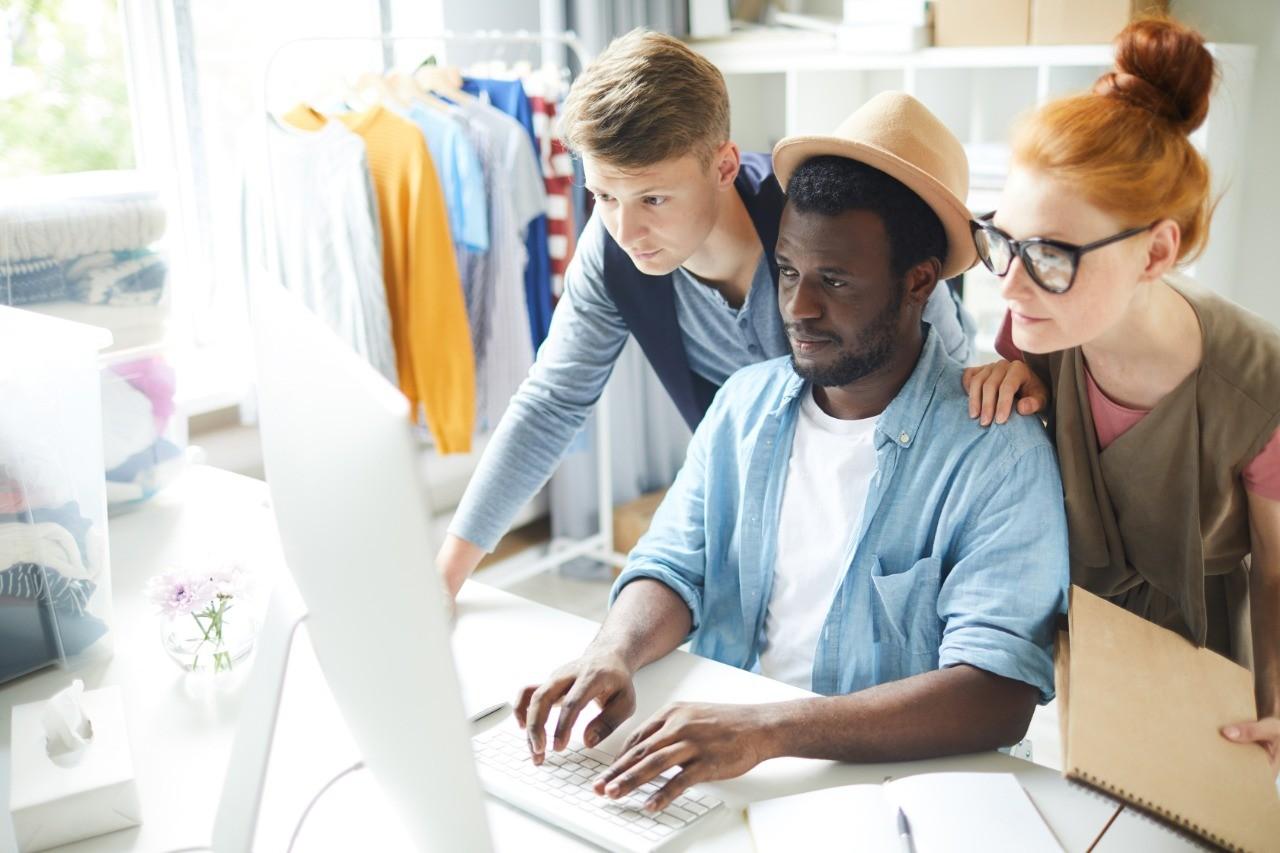 Como vender mais pela internet: 6 dicas para negócios de moda